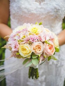 wedding bouquets prices