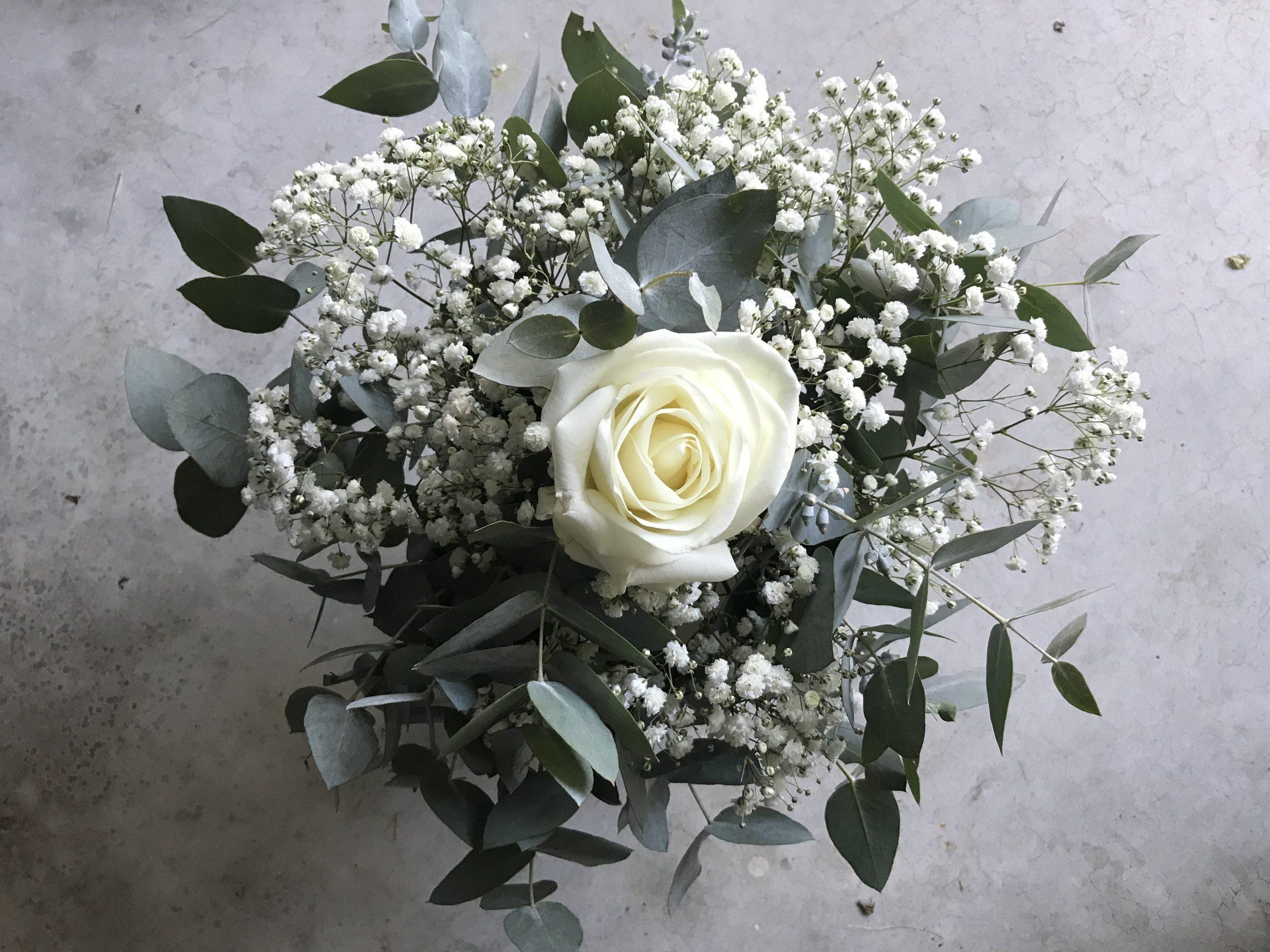 bridal bouquet price